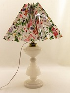 Opaline oil lamp 