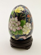 Cloisonne eggs on 